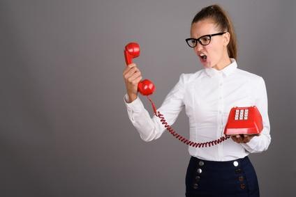 Les éléments qui frustrent les consommateurs quand ils contactent un Service Client